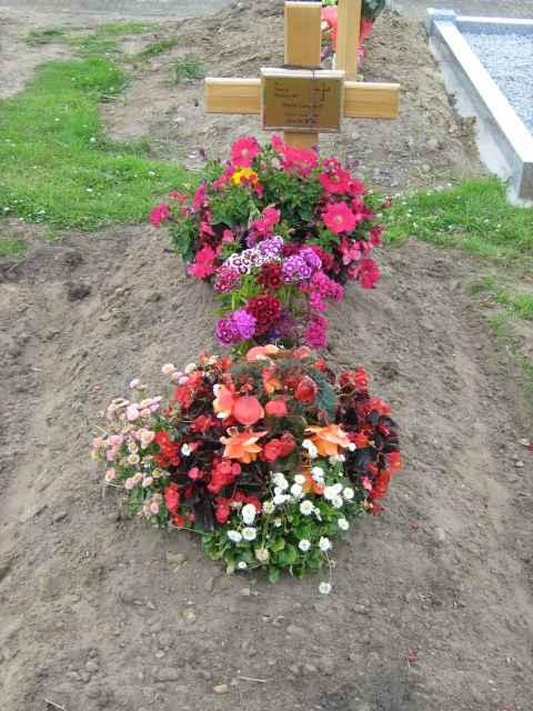Phils_grave